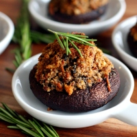 Super-duper Stuffed Mushrooms